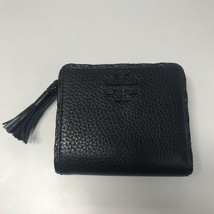 TORY BURCH TAYLOR BLACK LEATHER BIFOLD WALLET